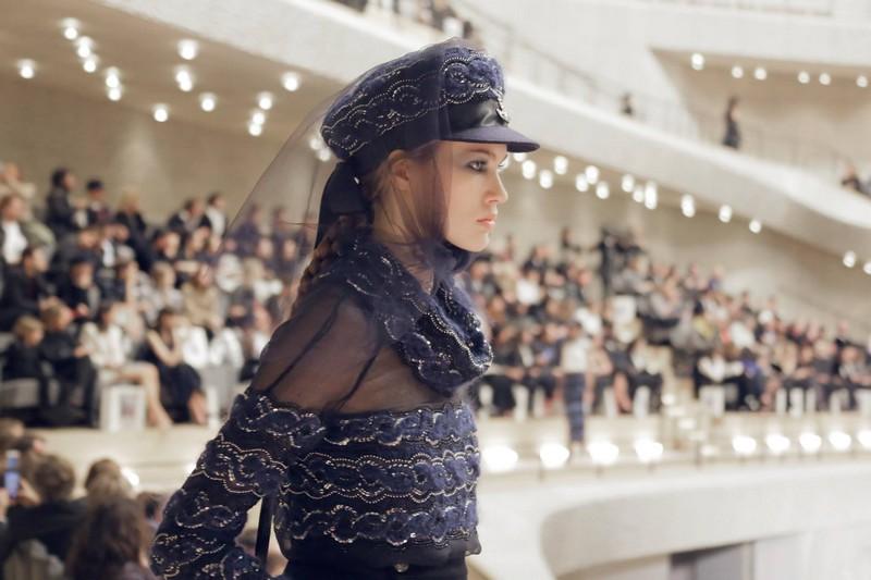 Chanel Paris-Hamburg 2017-2018 Métiers d'art show-08