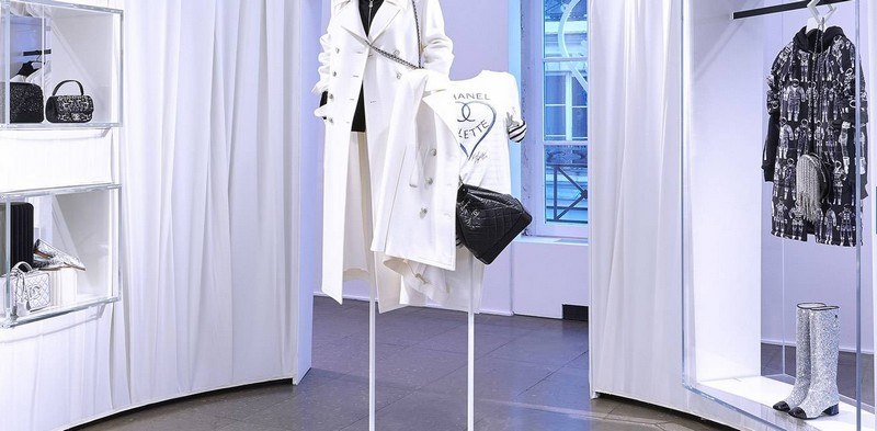 Chanel at Colette-2017 collection-