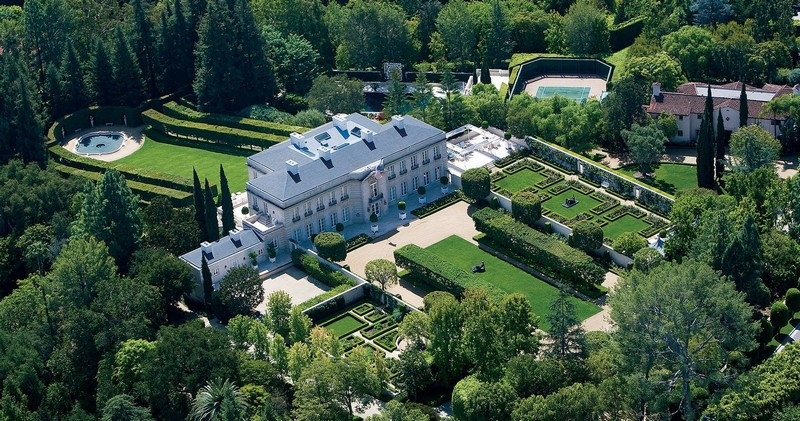 Chartwell Estate, one of the crown jewels of Bel Air, is yours for $350 Million