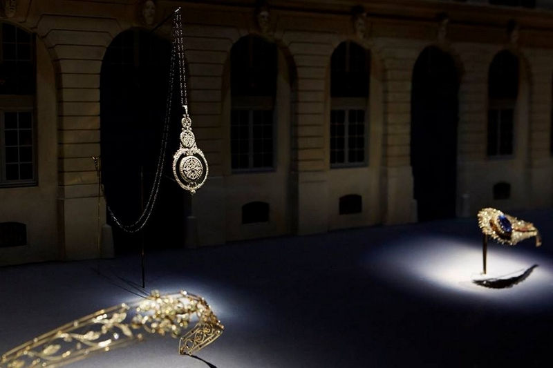 Chaumet Imperial Splendours in the Forbidden City - Chaumet's patrimonial wealth in a retrospective-2017