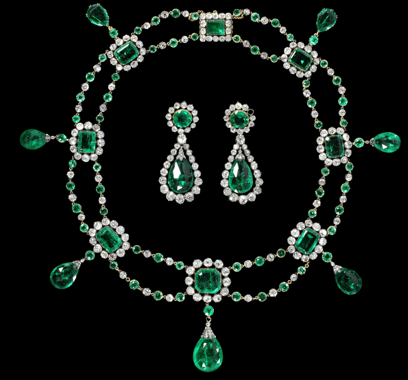 Chaumet Necklace and earrings of the Grand Duchess Stephanie of Baden