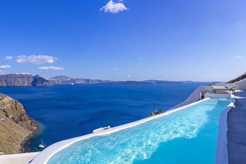 Claudette Luxury Villa in Santorini