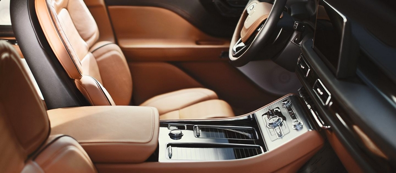 Comfort at your command - LINCOLN AVIATOR with plug-in hybrid powertrain - interior