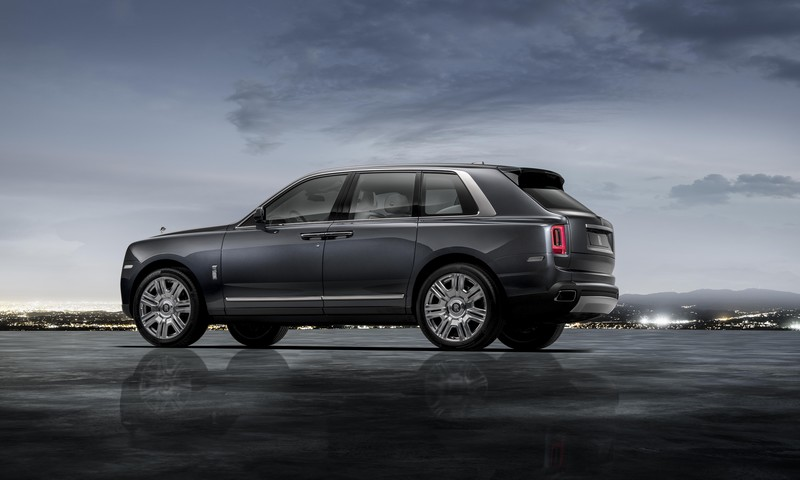 Cullinan - World premiere of the world's most anticipated SUV-2018-tungsten grey