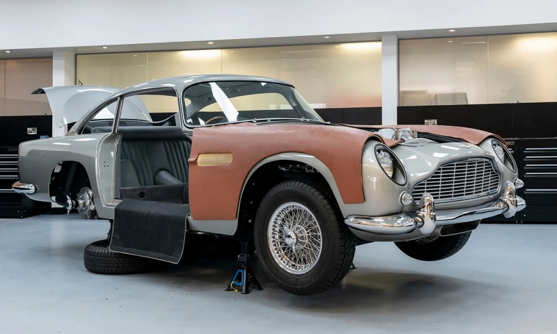 DB5 from Goldfinger film will feature battering rams, retractable bulletproof glass and ability to produce oil slicks