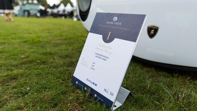 Dallara's Polo Storico-Restored Miura Won at UK's Salon Prive - lawn