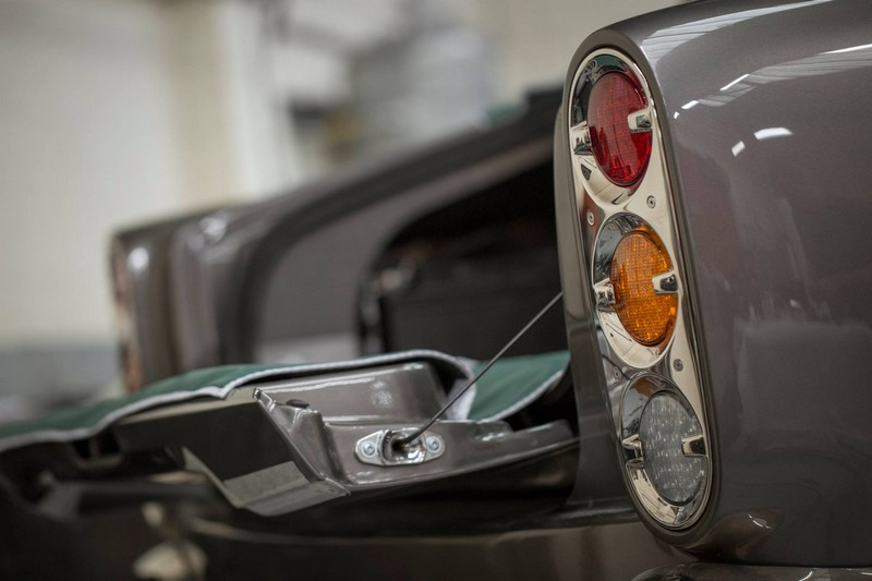 David Brown Speedback GT- The lower tailgate mechanism is fitted in a range of chrome and nickel finishes