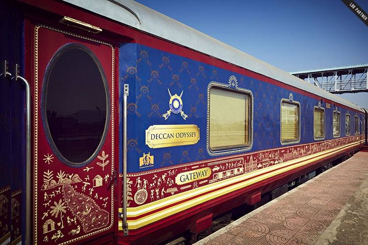 Deccan Odyssey - Meet the Asia's Leading Luxury Train 2017