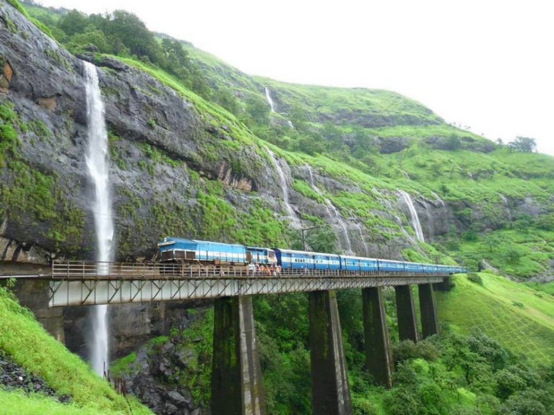 Deccan Odyssey - Meet the Asia's Leading Luxury Train - Ratnagiri is one of the best #destinations in Maharashtra