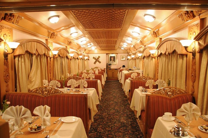 Deccan Odyssey - Meet the Asia's Leading Luxury Train - the restaurants