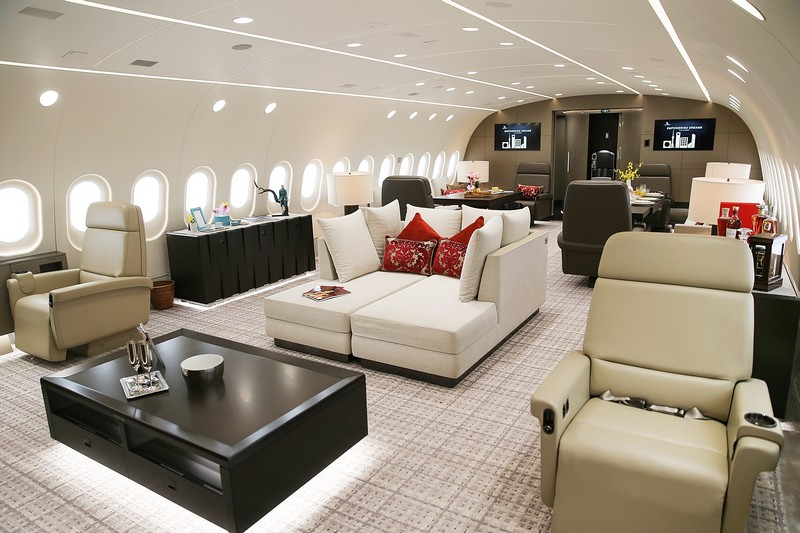 Deer Jet tookover the management of the world's first 787 Dream Jet - 7-star hospitality standards