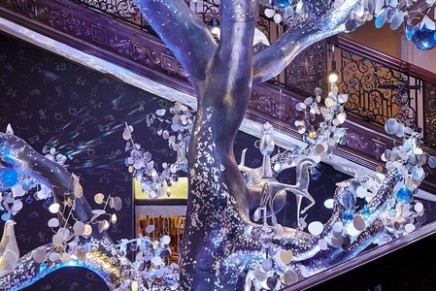 Diane von Furstenberg's Tree of Love unveiled as 2018 Claridge's Christmas Tree