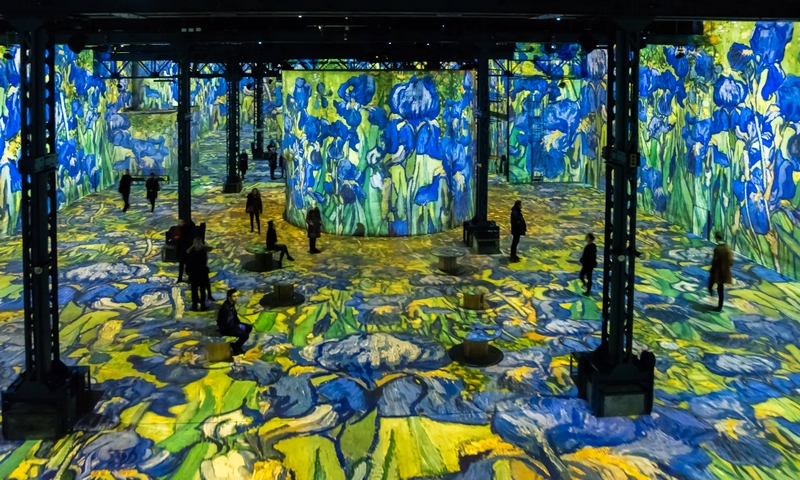 Digital art museum L'Atelier des Lumières brings Vincent van Gogh's paintings to life