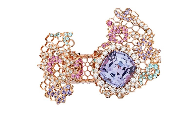 Dior Dior Dior High Jewelry 2018 collection - DENTELLE Dentels Velours Tanzanite Ring