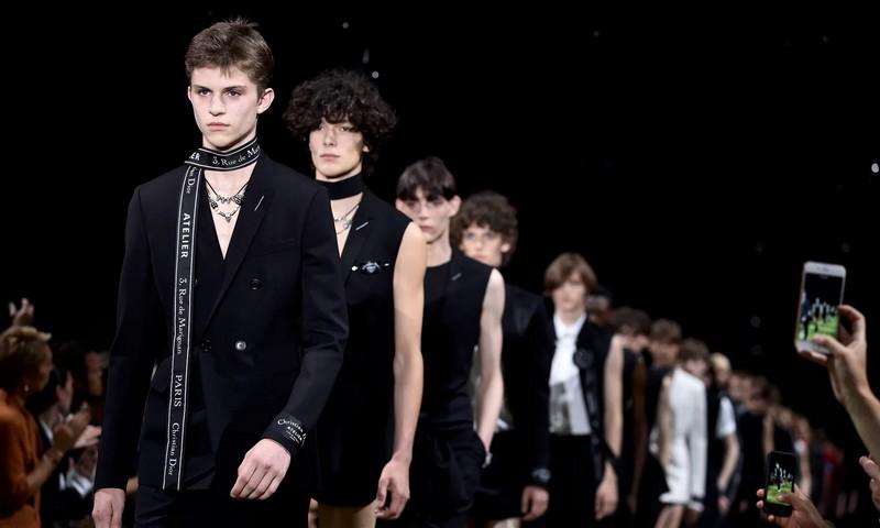 Dior Spring Summer 2018 menswear fashion show Paris