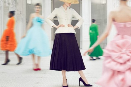 Major Paris exhibition celebrates 70 years of Dior fashions