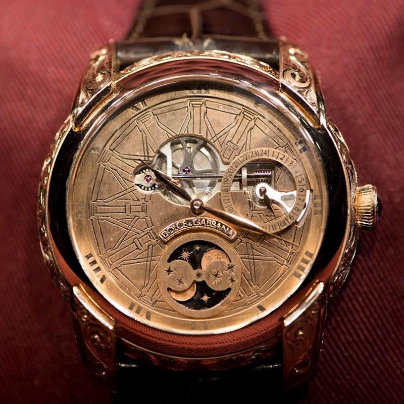Dolce & Gabbana Leonardo timepiece 2019