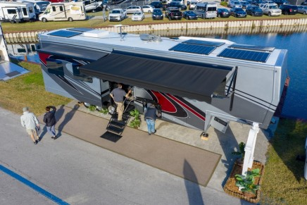 This new sustainable Luxury RV is using technology inspired by NASA for the Mars Mission