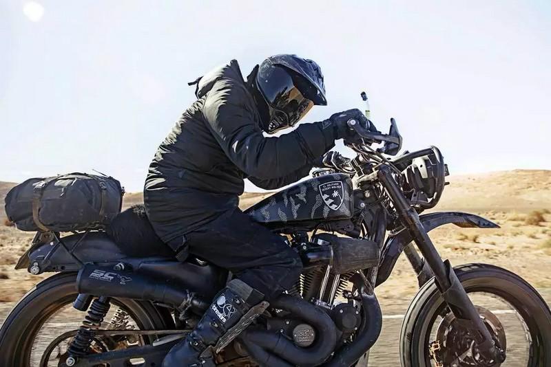 El Solitario's Sahara Desert Adventure on Custom Harley Sportsters