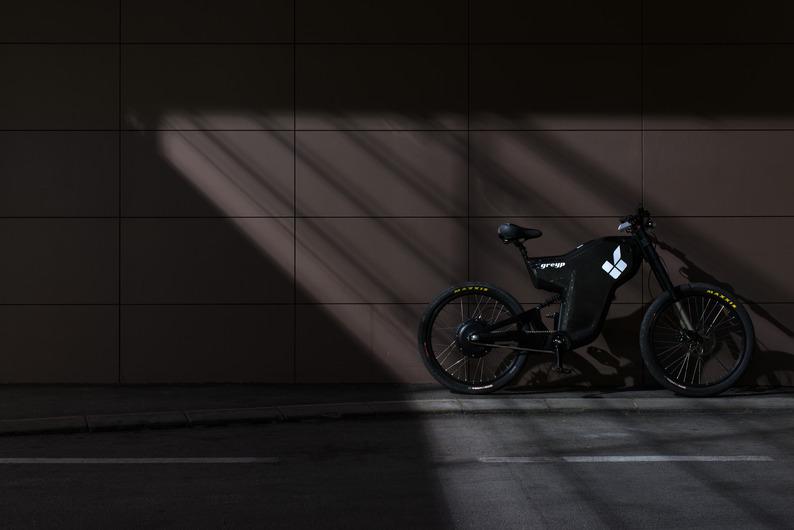 Electric Greyp G12 - custom bicycles by Rimac