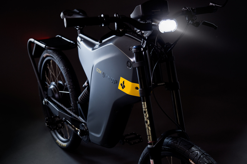 Electric Greyp G12H combines the best of both worlds – motorcycles and bicycles-