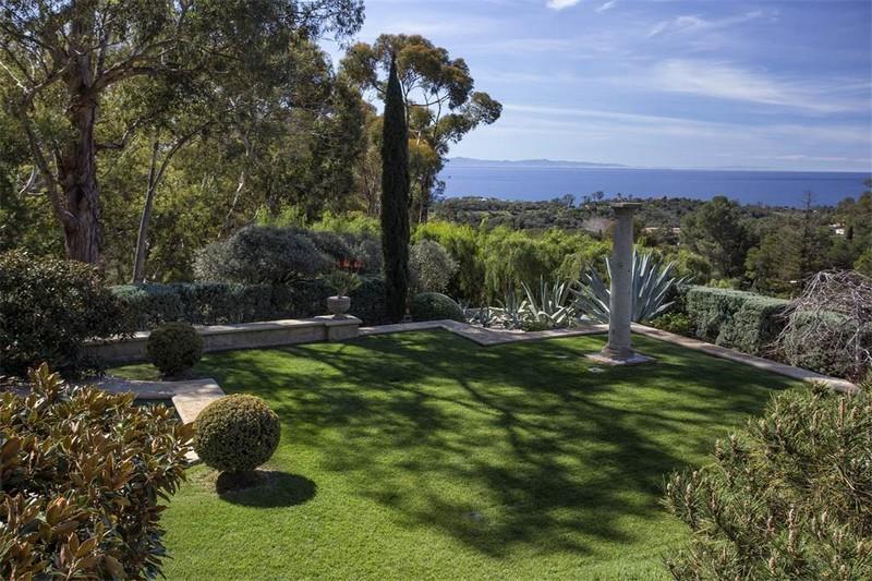 Ellen DeGeneres' villa in the hills of Santa Barbara listed for 45 m - views