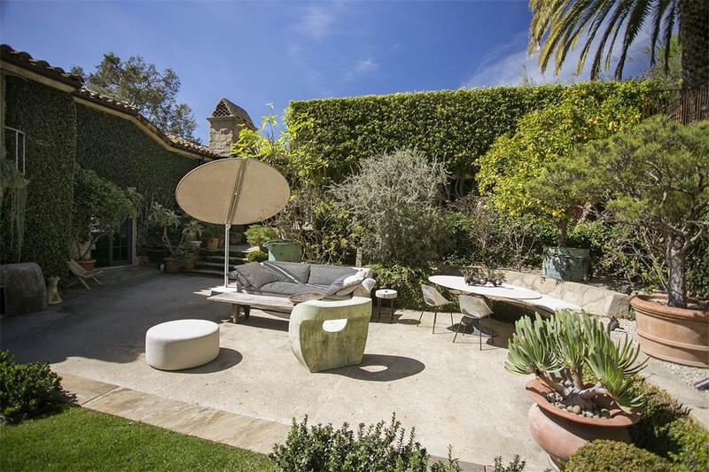 Ellen DeGeneres' villa in the hills of Santa Barbara listed for 45 m