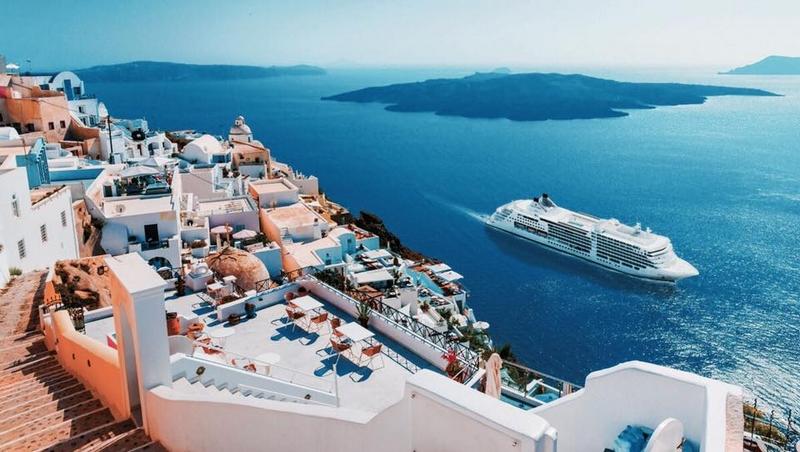 Enjoy a Luxury Vacation - luxury cruises