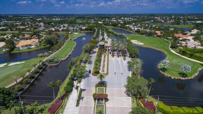 Estate in Boca Raton's Exclusive St. Andrews Country Club Listed for $5.89 Million-05