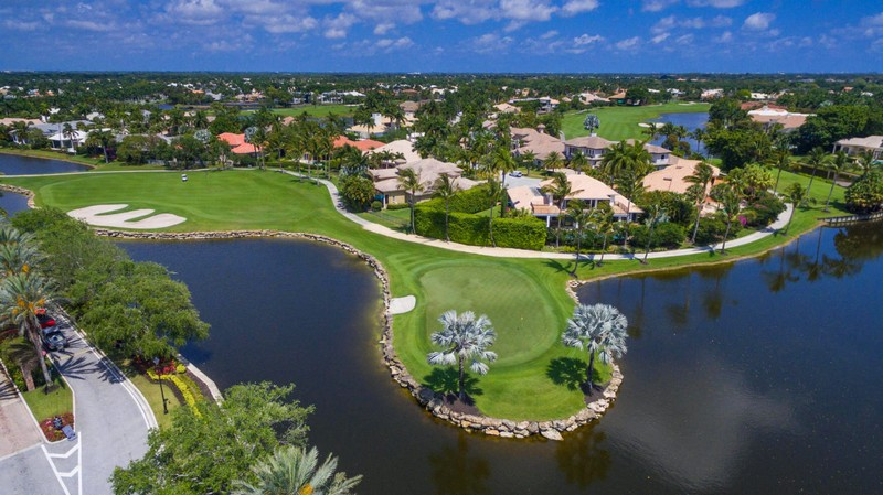 Estate in Boca Raton's Exclusive St. Andrews Country Club Listed for $5.89 Million-06