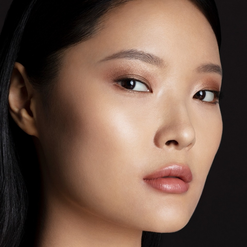 Eyes that shimmer with a gilded luster are THE new neutral for fall