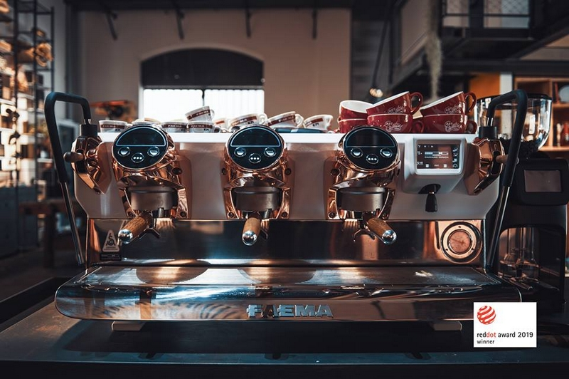 FaemaE71E the iconic espresso coffee machine inspired by the automotive world has been awarded the Red Dot Award Product Design 2019