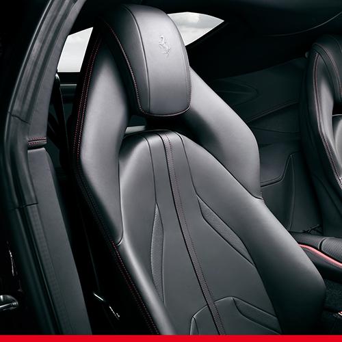 Ferrari 812 Superfast seats