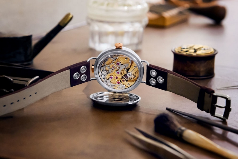 First OMEGA Wrist-Chronograph Limited Edition 2018