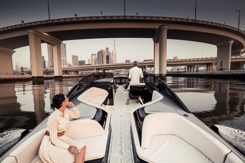 Foiler Flying Yacht 2020-02