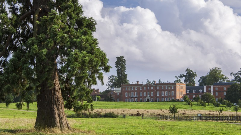 Four Seasons Hotel Hampshire 2019 - Join Four Seasons in the fight against cancer