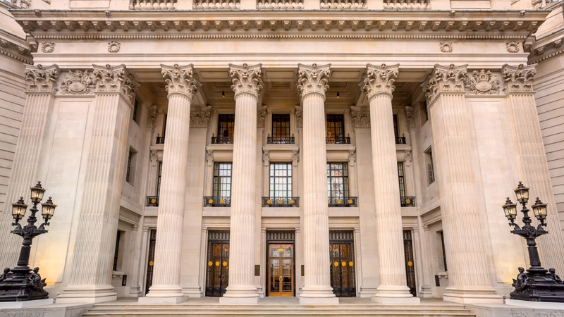 Four Seasons Hotel London at Ten Trinity Square - now open