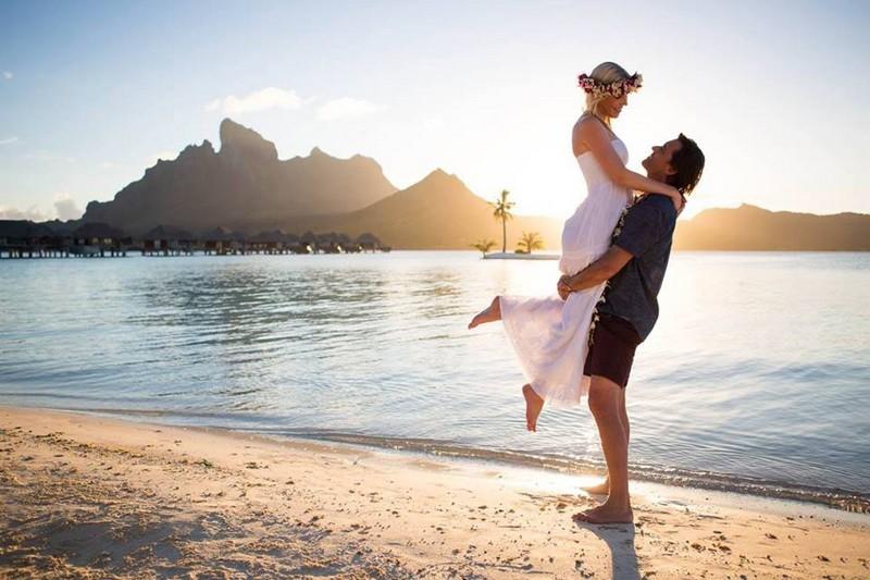 Four Seasons Resort Bora Bora - The 50th Anniversary Of The Overwater Bungalow-2017