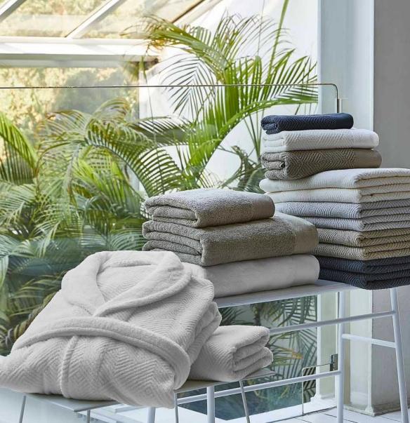 Frette SS2018 collection- UNITO bath linens