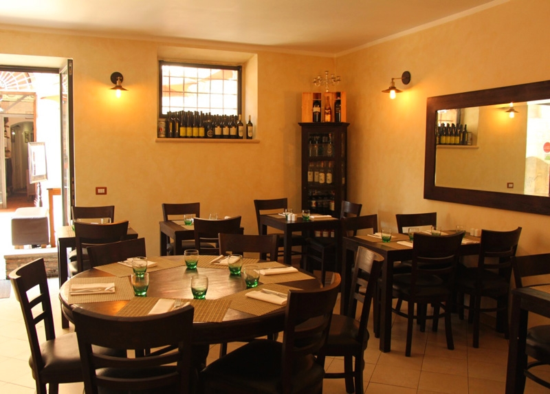 Fun things to do in Siena in one day - zest restaurant in siena