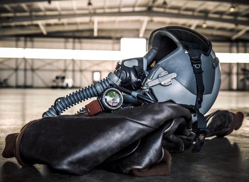 Garmin D2 Charlie aviator watch