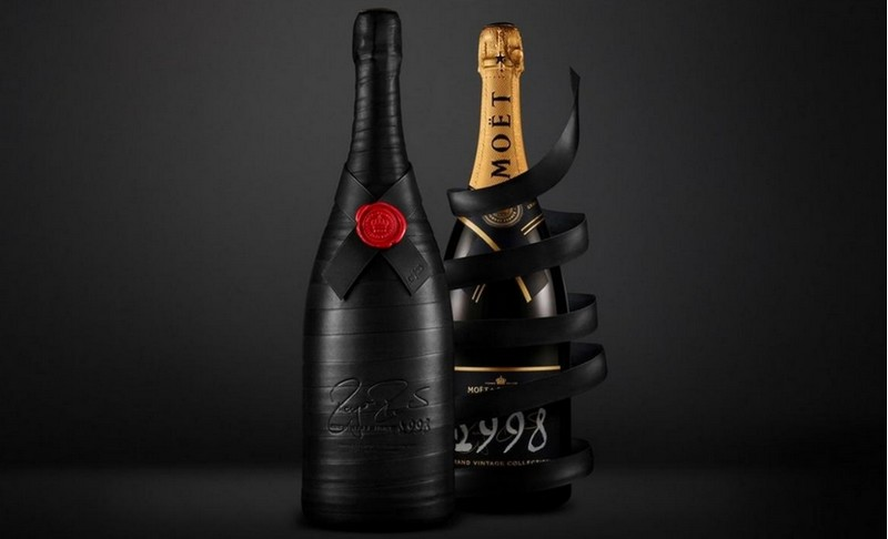 Greatness Since 1998 - Moët & Chandon Marks 20 Years of of achievements by legendary tennis star Roger Federer-