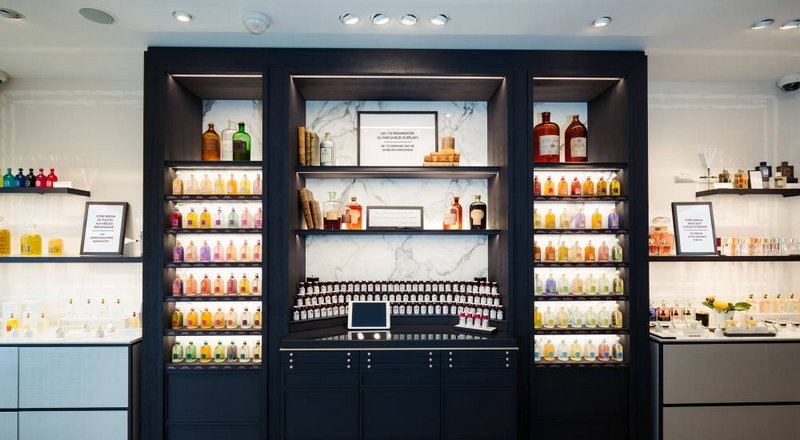 Guerlain Parfumeur boutique concept goes international