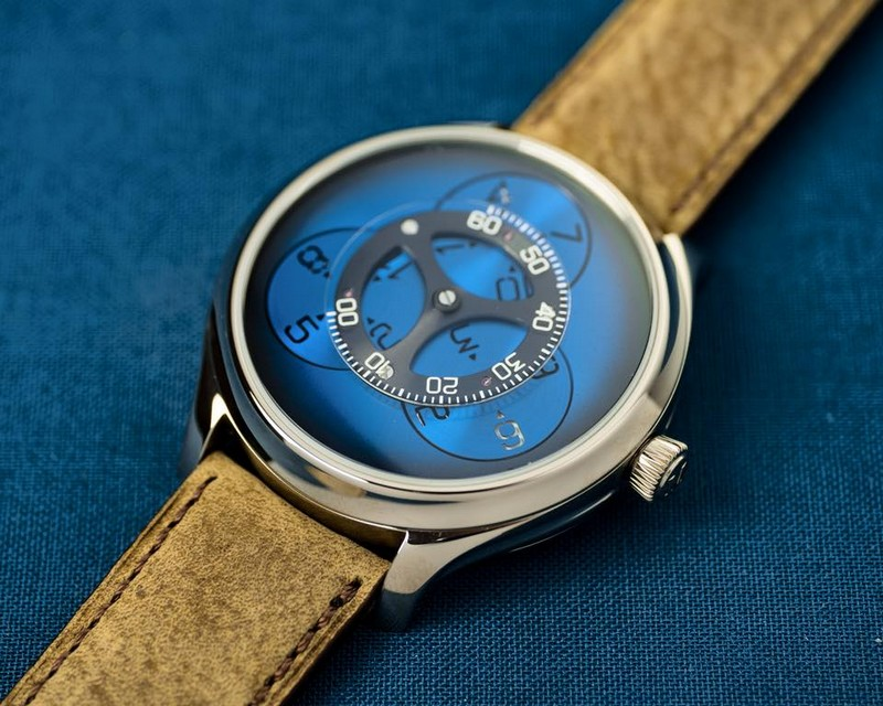 H. Moser & Cie Endeavour Flying Hours watch 2018-
