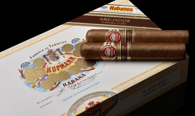 H. Upmann Robustos Añejados - Aged Habanos