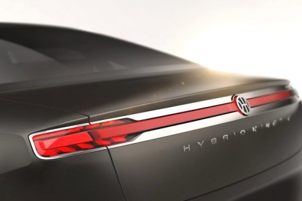 Eco-sustainable luxury sedan. Take a ride in the Pininfarina and Hybrid Kinetic Group's H600