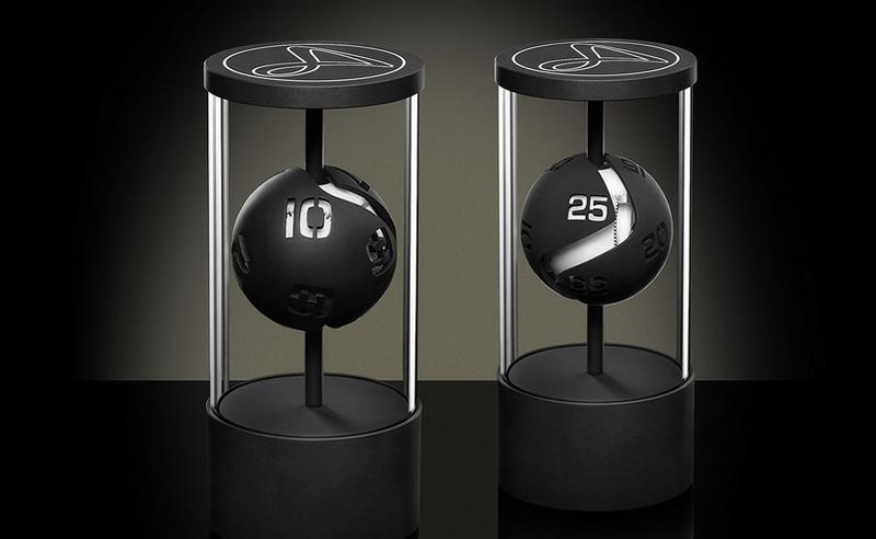 HAUTLENCE HL Kinetic Table Clock