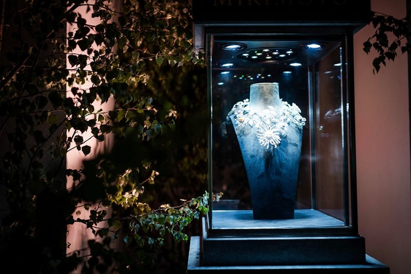 Harrods opens the doors to the rarefied realm of high jewellery-2019-01