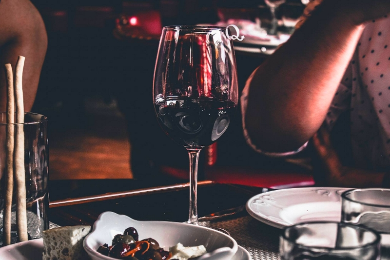 Here are five ways to tell if you have an intolerance to wine