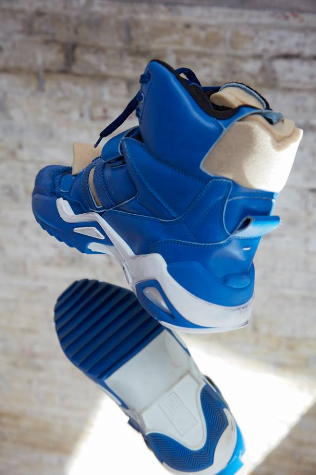 High-Top Retro Fit sneakers in blue